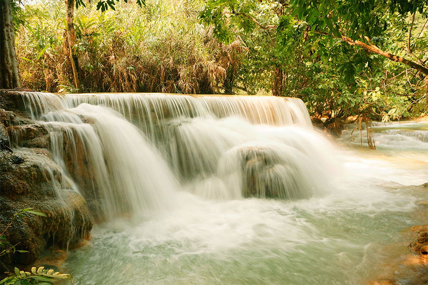 Photo-wallpaper Waterfall from 120x80cm